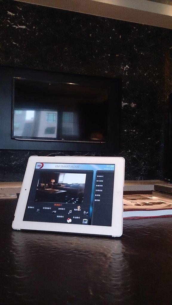 金門音響,家庭劇院控制專家-KM環控系統,一指輕鬆控制享受影音劇院、情境控制、燈光控制、監視器控制、冷氣控制等家庭自動控制系統