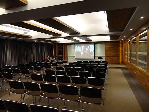 會議室音響│商業空間音響-大樓會議室及公設影音劇院委託案