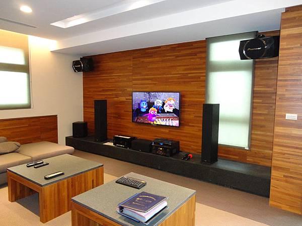 會議室音響│商業空間音響-劇院和卡拉OK組設備