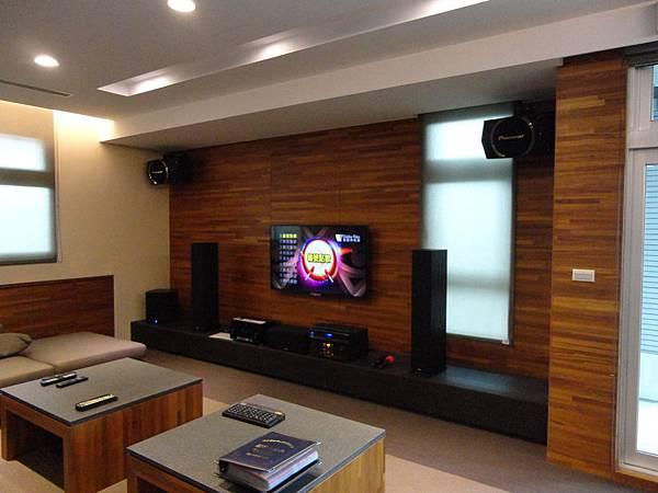 會議室音響│商業空間音響-劇院和卡拉OK組設備2
