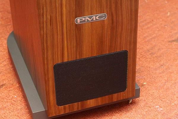 PMC喇叭音響品牌-PMC Twenty24特別設計喇叭腳座,台北音響推薦,金門音響