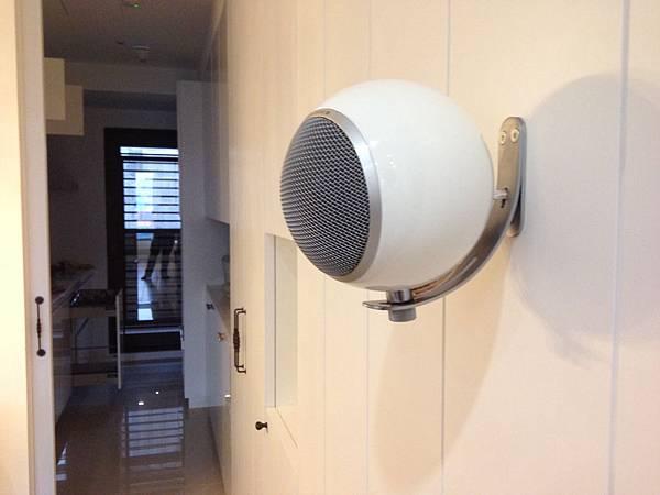 Elipson音響喇叭-Planet M,壁掛安裝2