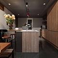 台北天母-寬引設計工程有限公司-開放式廚房和吧檯設計