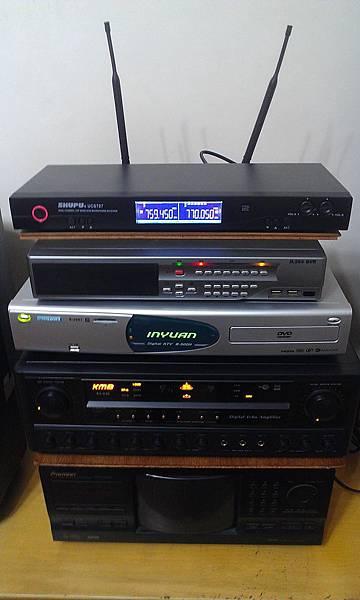 音圓點歌機(B-500)/KMB卡拉OK專用擴大機(KA-838)/Shupu無線麥克風