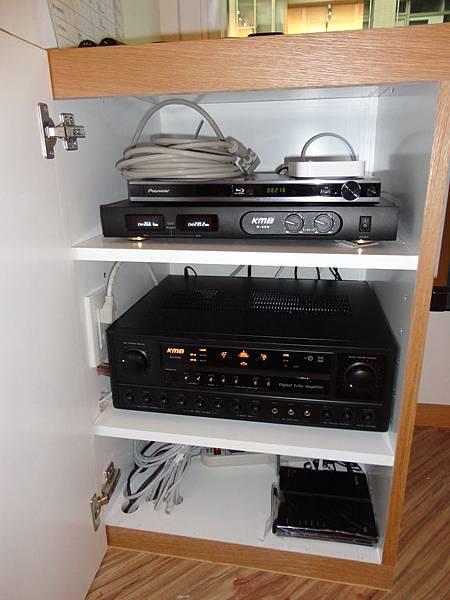 視聽音響工程│商業空間音響,一樓視聽音響器材機櫃