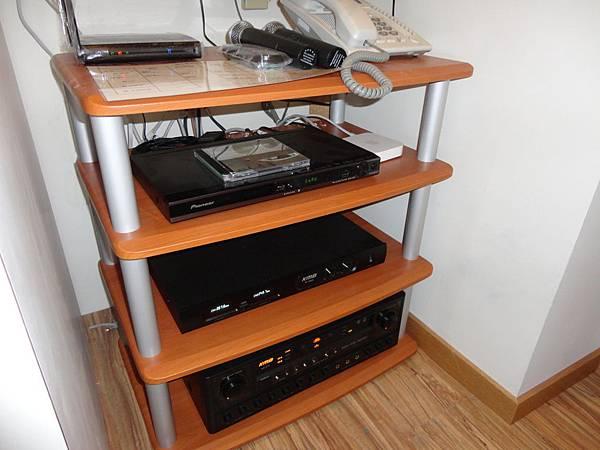 視聽音響工程│商業空間音響,二樓視聽音響器材機櫃