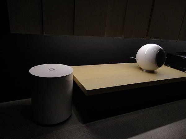 Elipson Planet L系列和Planet Sub系列,桌架安裝