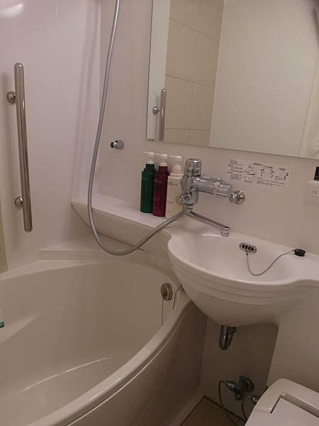 迷小版的浴室