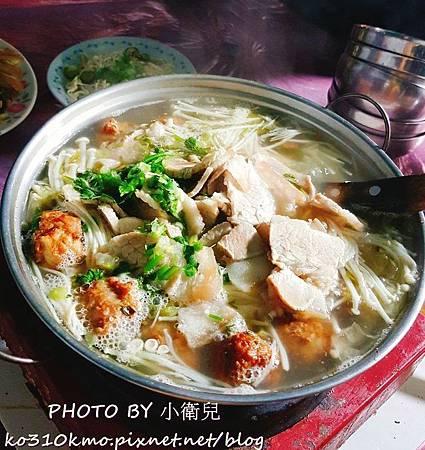 士官長重慶酸菜白肉鍋 (1)
