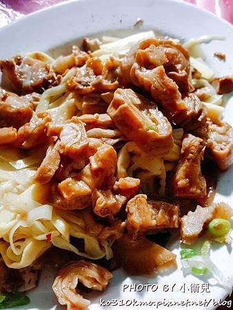 士官長重慶酸菜白肉鍋 (4)