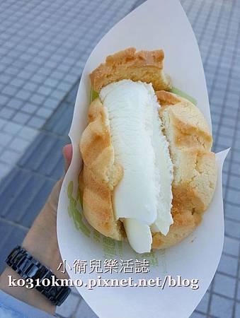 世界第二好吃的冰淇淋菠蘿麵包 (2)