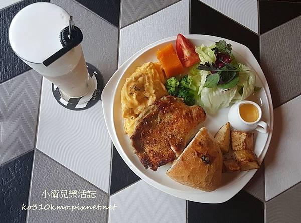 REVE Cafe黑浮咖啡  (1)