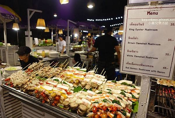 Cicada Market (13)