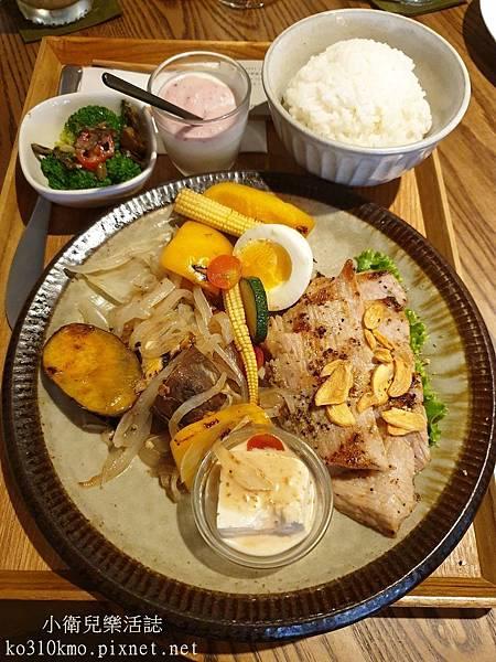 台中火車站早午餐-AIYO Cafe (10)