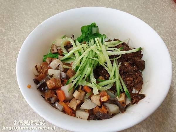 彰化必吃美食.西安經典麵食館-北京刀削炸醬麵