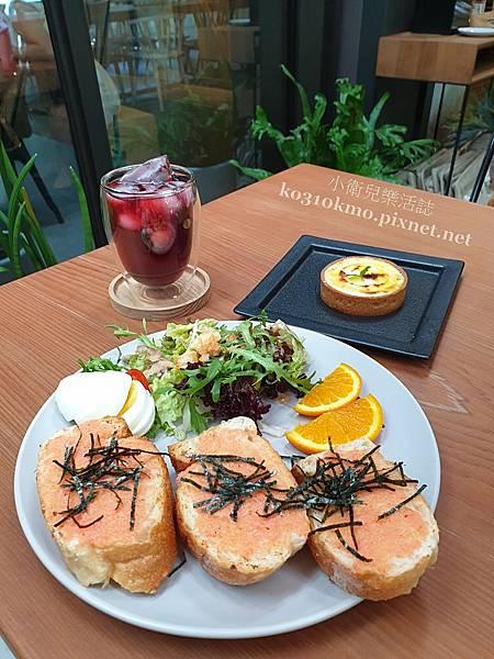 台中咖啡早午餐.橙黃橘綠