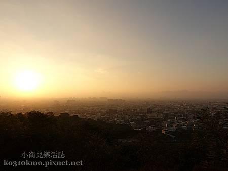 台中清水夕陽.鰲峰山觀景平台