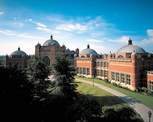 英國伯明翰大學校園