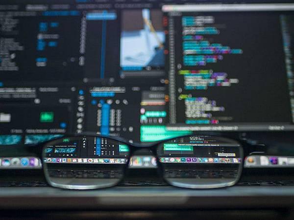 來上Python課程不被AI取代