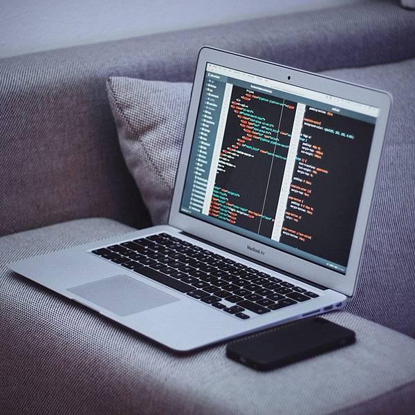 HTML5教學三個基礎懶人包一:初學者開從何開始?