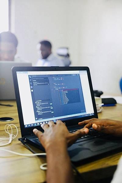 如何用CSS來點綴你的網站,上HTML5教學就知道了!