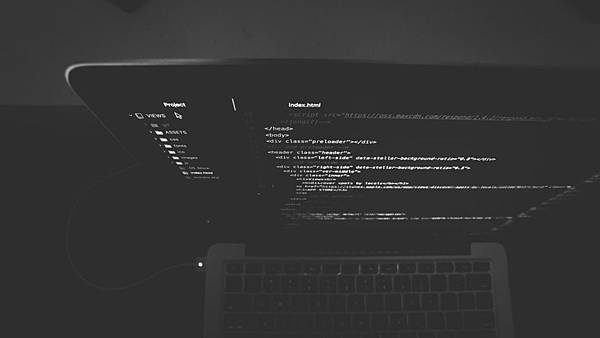 Python基礎功不可少-dir()與help()的使用