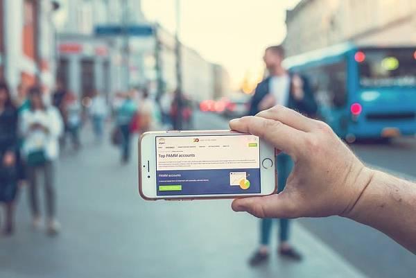 今天就要教教網路行銷人員們:如何適應臉書最新的演算法?(2)