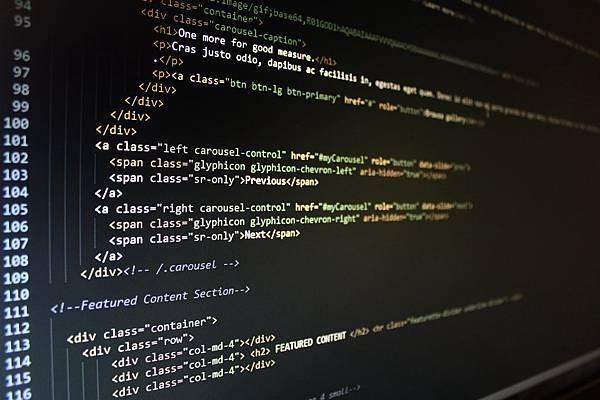 哪裡的Python課程能讓非本科系的他成為大醫院網站工程師?