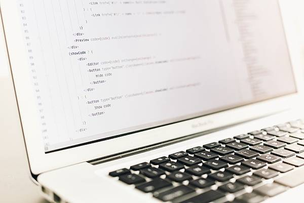 這次Python的排名追過Java,是暫時的,還是永久的..?