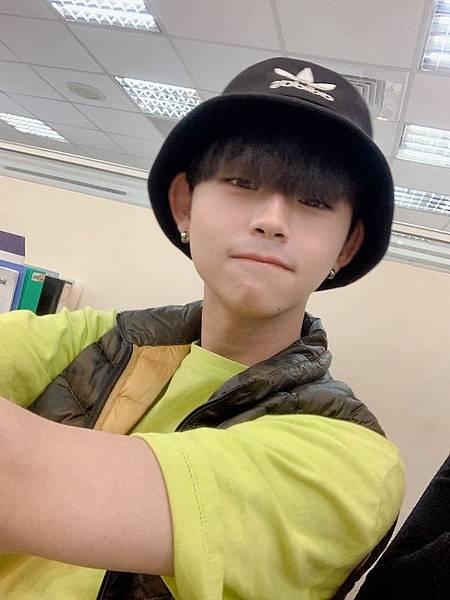 high-school-senior-chen.jpg