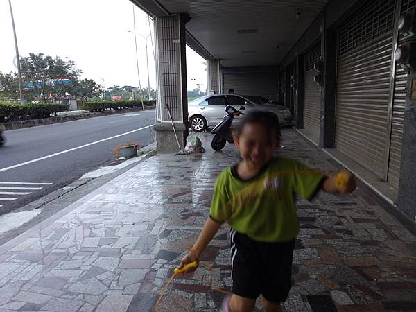 P_20121030_164505_053