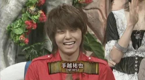 tegoshi大笑