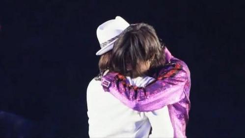sweeeet hug