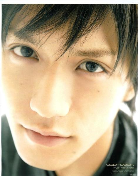 ryo眼睛好美~