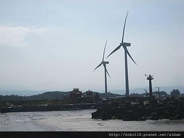 102.10.13 海山漁港3.JPG