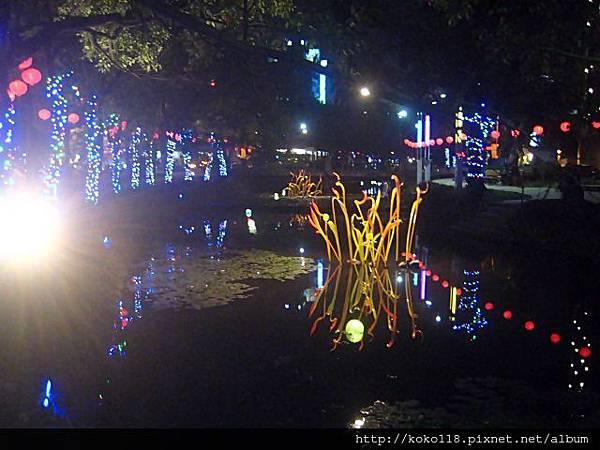 103.2.26 護城河-琉璃花燈19.JPG
