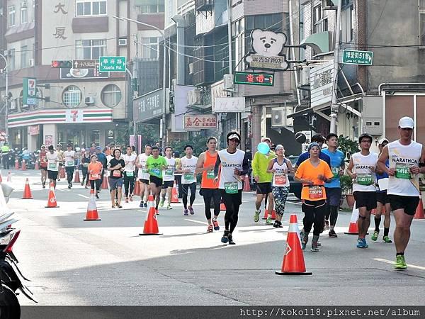 105.12.4 新竹市城市馬拉松5.JPG