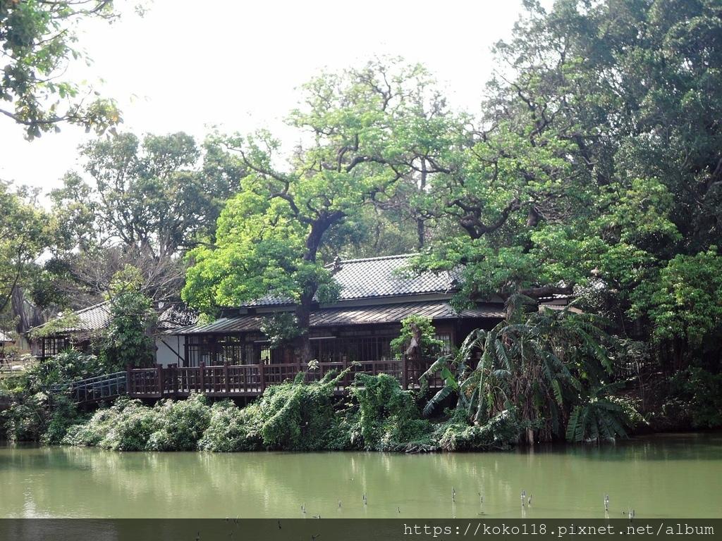 110.3.10 新竹公園-湖畔料亭3.JPG