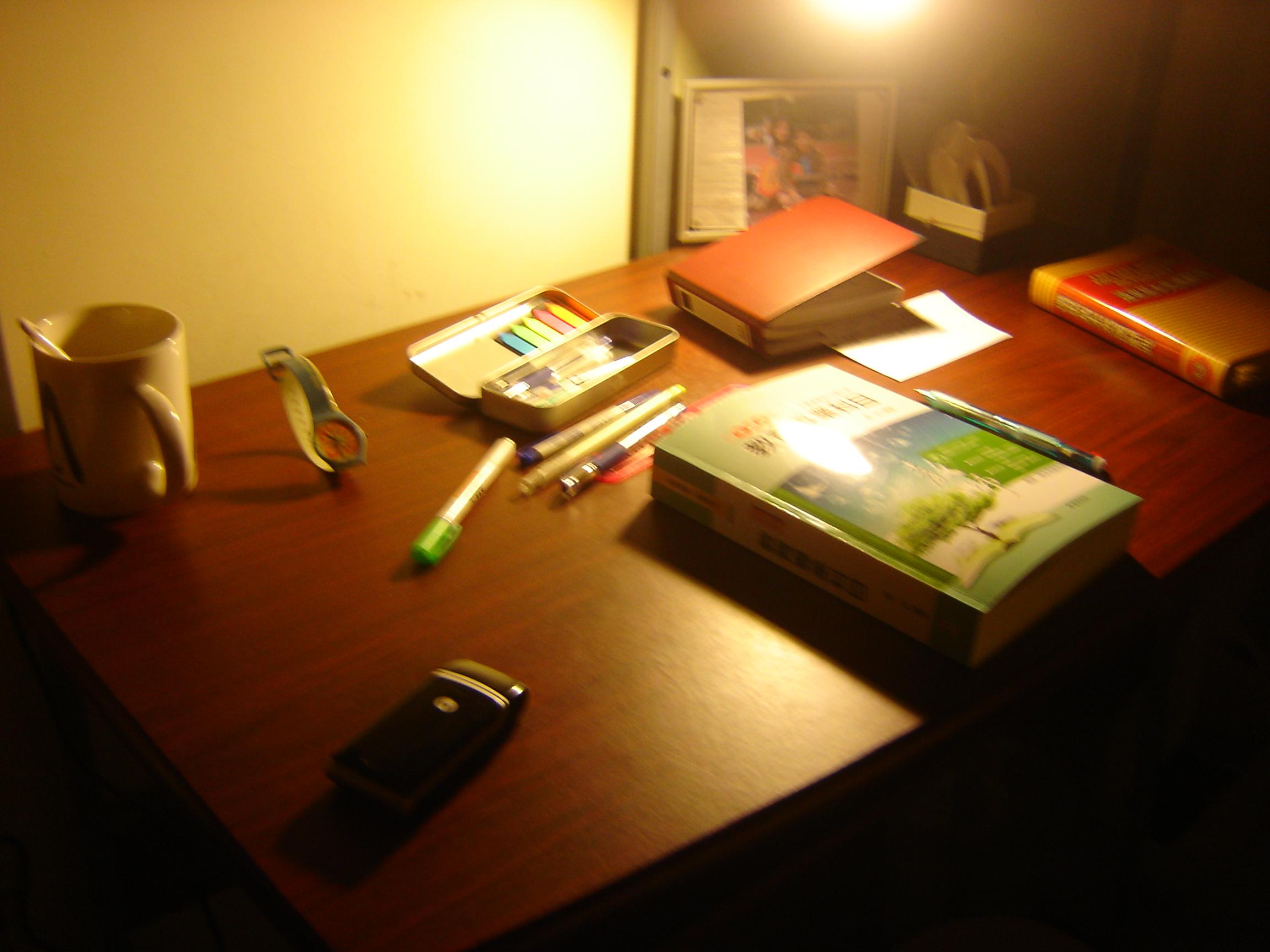 桌子很好看
