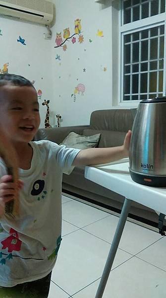 歌林11KG單槽變頻洗衣機-參賽者Tai Bay.jpg