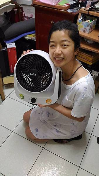 歌林11KG單槽變頻洗衣機-參賽者鄭瓜寶.jpg