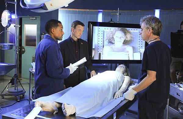 CSI: NY, 9.06 The Lady in the Lake