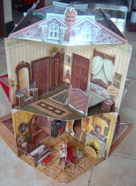 Victorian Doll House (Hardcover)
