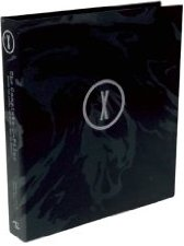 The Complete X-Files: Behind the Series, the Myths, and the Movies [DELUXE EDITION] (Hardcover)