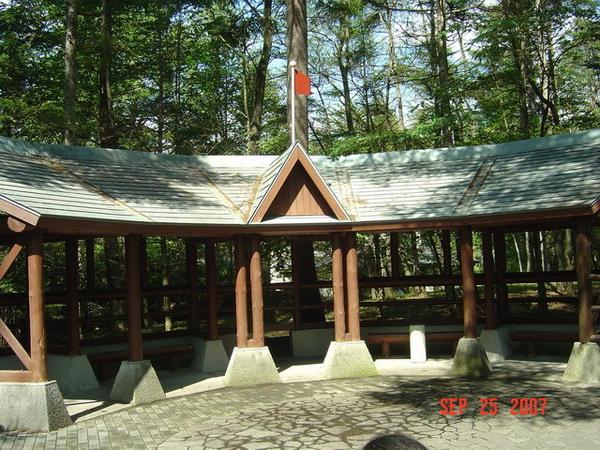 軽井沢絵本の森美術館