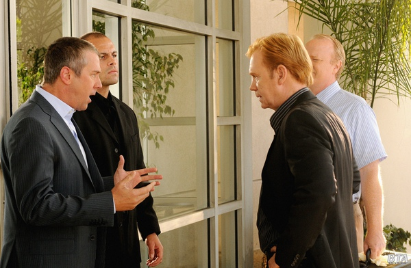 CSI: Miami, 8.12 Show Stopper