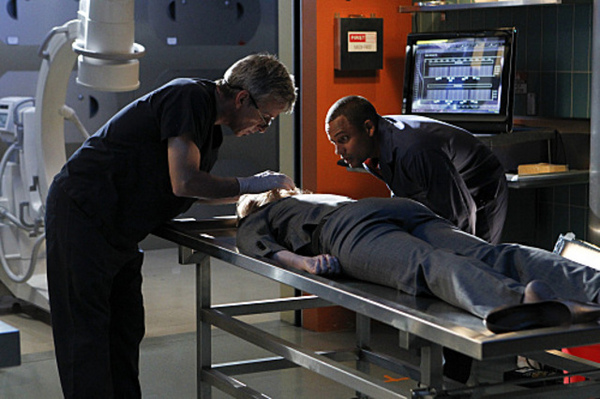 CSI: NY, 7.07 Hide Sight