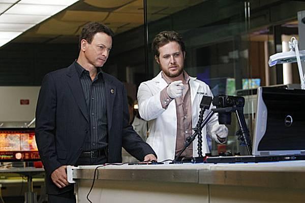 CSI: NY, 7.22 Exit Strategy