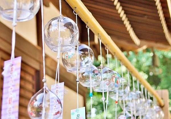 涼しげな彩りのガラス風鈴