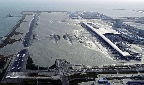 淹水的關西機場180905